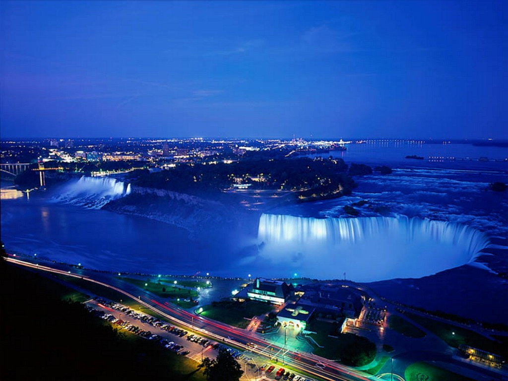niagara_falls_at_night,_ontario,_canada